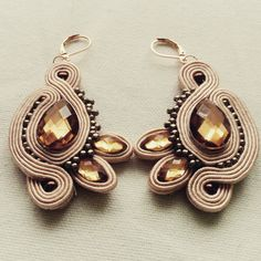 Another soutache earings of mine. I'm still learning