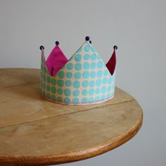 Treat your kids like royalty by crafting this Reversible Royal Baby Crown.