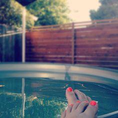 Stock tank pool & neon nails // via @the_brick_house . instagram