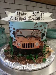 Unique custom cakes and cupcakes for weddings, birthdays and a variety of other occasions. Birthday Cakes For Men, Truck Birthday Cakes, 40th Birthday, Jeep Cake, Just Cakes, Jeep Truck, Novelty Cakes, Cake Decorating Tips, Gorgeous Cakes