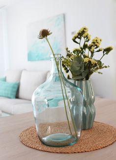 http://kenayhome.com/blog/hogares-kenay-un-apartamento-con-vistas-al-mar/
