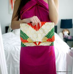 DIY zippered clutch - vintage silk kimono