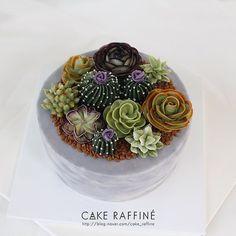 인기쟁이 다육이 케이크/ Succulent cake #다육이케이크#Buttercreamflowercake#flowercake#플라워케이크#버터크림플라워케이크#korenflowercake#생일케이크#원데이클래스#다육이#cakes#wedding#weddingcake#koreabuttercream#cakedecorating#송도버터크림플라워케이크#foodporn#buttercreamcake#wilton#birthdaycakes#onedayclass#flowers#베이킹클래스#songdo#cakedeco#buttercream#flowercake#daily#baking#wiltoncakes#환갑케이크#선인장케이크