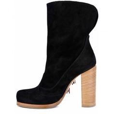 Tronchetto Donna Fabi F2425 NAPEL NERO - Fabi i@fabishoes #boots #botas #stivali #countrystyle #summerboots #stivaliestivi #shoes #black #heels Booty, Ankle, Shoes, Black, Fashion, Moda, Swag, Zapatos, Wall Plug