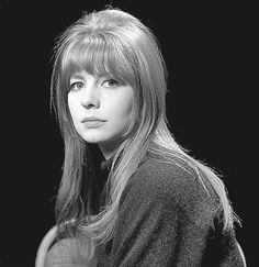 Jane - the early years. 60s Makeup And Hair, 60s Hair, Beatles Guitar, The Beatles, Jane Asher, Pattie Boyd, Mod Girl, Hollywood Divas, Lady Jane