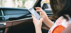 5 Apps, die jeder Autofahrer braucht - Das Smartphone kann dabei helfen, das Autofahren sicherer und bequemer zu machen. Mit diesen Apps geht das ganz leicht. --- #Verkehr #Auto #Apps #Smartphone #Tipps #ERGODirekt #ERGODirektMagazin #Magazin #beste #Liste #tanken #parken