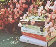 #flowers #books #prettythings