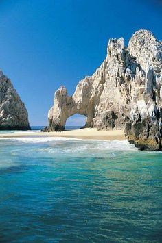 Cabo San Lucas, Mexico - Cabo San Lucas - The Arch, also known as Lover's Beach. Los Cabos, Mexico. Every four years, the tide changes and a beach surfaces so you can walk underneath.
