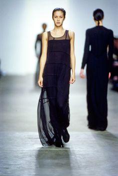 Calvin Klein Collection Fall 1998 Ready-to-Wear Fashion Show - Natane Boudreau