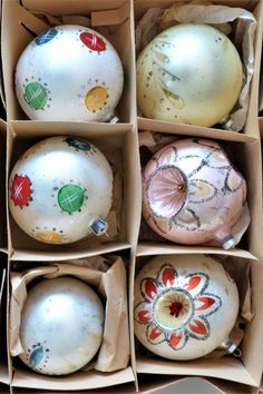 They are hand-painted and 2 have Triple Indents in them- the other 4 are round orbs or balls. These are a nice larger size and they are handpainted. Feather Tree, Tree Decorations, Christmas Tree Ornaments, Austria, Vintage Christmas, Balls, Larger, Cap, Hand Painted