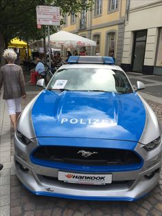 German Police Car Ford Mustang GT 5.0 Topspeed 268 km/h