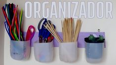 Organizador hecho con material reciclado, multiusos, muy práctico para organizar cualquier tipo de materiales.
