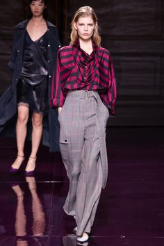 #NinaRicci   #fashion   #Koshchenets    Nina Ricci Spring 2017 Ready-to-Wear Collection Photos - Vogue