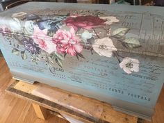 Jackie Scherger did a great job on this chest. She used the Imperial Garden transfer. What a gorgeous transfer. Buy transfers in my online store. She really transformed this. Decoupage Furniture, Chalk Paint Furniture, Refurbished Furniture, Repurposed Furniture, Furniture Projects, Furniture Makeover, Diy Furniture, Shabby Chic Lamps, Shabby Chic Furniture