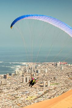 Iquique playa parapente Chile, Rafting, Patagonia, Surf, Destinations, Paragliding, Outdoor Activities, Snowboarding, Mountain Biking