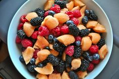 The Amazing Health Benefits of 10 Summer Fruits