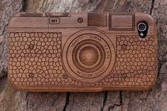 NATURAL WALNUT CASE FOR APPLE IPHONE 4 ( CAMERA M9) - VERIZON &