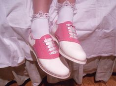 pink saddle-shoes? is this a trend......?