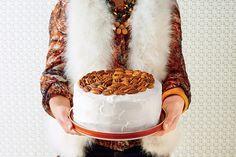 Luscious Layer Cakes: Hummingbird Cake