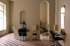 A new location for this Stockholm salon, Paloma Dolores / AMM blog
