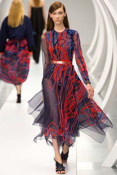 Spring 2015 RTW : London Fashion Week : Roksanda