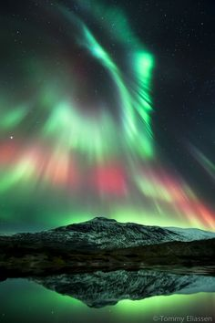 Stunning Aurora Borealis Photo