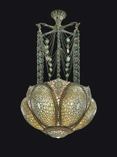 Tiffany Glass and Decorating Company early chandelier, c 1895 Designer: Louis Comfort Tiffany Louis Comfort Tiffany, Antique Lamps, Antique Lighting, Vintage Lamps, Antique Chandelier, Victorian Lamps, Muebles Estilo Art Nouveau, Label Art, Tiffany Chandelier