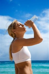Drink Water With Your Meal To Facilitate Digestion And Lose Weight