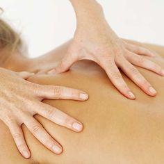 No dia do massagista, aprenda oito tipos de massagens