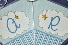 Festa Pronta – Batizado - Tuty - Arte & Mimos www.tuty.com.br Que tal usar esta inspiração para a próxima festa? Entre em contato com a gente! www.tuty.com.br #festa #personalizada #party #tuty #batizado #azul #blue #anjo #anjinho #estrela