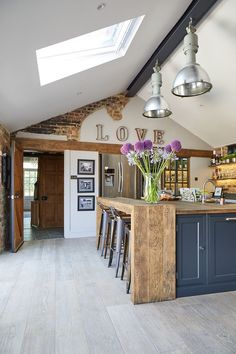 Rustic Kitchen Ideas - Do you wish to run away the fast-paced city life? This post features 30 countrified kitchen styles that add a stunning rustic style to your kitchen ... #rustickitchen #kitchenideas #rustickitchenrecipes