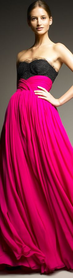 Color Contrast on Jason Wu lace top Gown Jason Wu, Mode Rose, Mode Glamour, Catwalks, Beautiful Gowns, Couture Fashion, Dress Me Up, Karl Lagerfeld, High Fashion