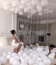 Ballon Banner, Balloon Garland, Balloon Decorations, Birthday Decorations, Birthday Goals, 18th Birthday Party, Birthday Photos, Birthday Bash, Birthday Ideas