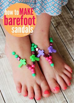 """These barefoot """"sandals"""" made with stretch cord and beads are such a fun kids' craft project! Positively Splendid"""