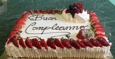 Cake Decorating Techniques, Cake Decorating Tips, Cake Decorated With Fruit, Rectangle Cake, Fruit Cake Design, Fruit Birthday Cake, Fresh Fruit Cake, Fun Deserts, Birthday Cake Decorating