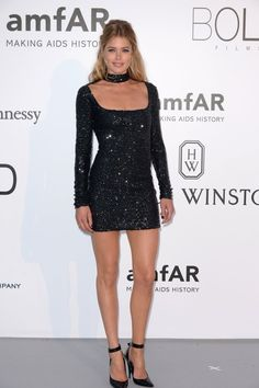 Pin for Later: Catch All the Glamour From the Most Stylish Fashion Party in Cannes Doutzen Kroes Wearing Tom Ford.