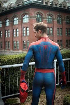 Amazing Spider-Man & Peter Parker Cosplay: Wears Whatever a Spider-Man Can Male Cosplay, Best Cosplay, Cosplay Costumes, Spiderman Costume, Superhero Cosplay, Lycra Men, Lgbt, Men In Uniform, Super Hero Costumes