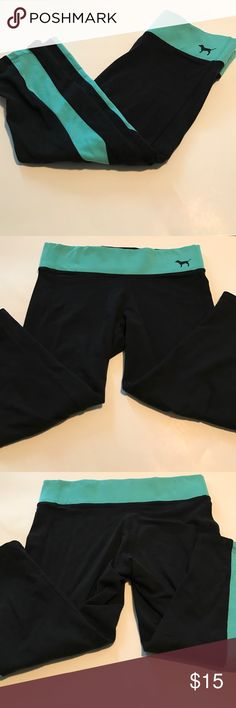 Great condition cotton yoga VS Pink size M Worn a few times only these cotton crop yoga leggings are in excellent condition. Size Medium. Teal and black. No pilling, stains, or other issues. Pet and smoke free home. PINK Victoria's Secret Pants Track Pants & Joggers