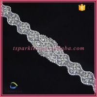Shinning crystal appliques for wedding dresses / fashion bridal sash crystal rhinestone applique for wholesale