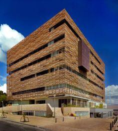 Compensar Suba Colombia NBK Baguette louvers http://www.hunterdouglascentroamerica.com/