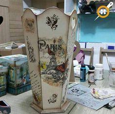 Ahşap boyama şemsiyelik modelleri Decoupage Wood, Decoupage Vintage, Diy Furniture Decor, Box Company, Wooden Vase, Altered Boxes, Creative Crafts, Shabby Chic Decor, Painting On Wood