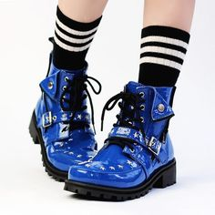 Studded Riders Enamel Boots w/ Side Zipper (M) in 2020 Pretty Shoes, Cute Shoes, Me Too Shoes, Cute Fashion, Fashion Shoes, Fashion Outfits, Sock Shoes, Shoe Boots, Pretty Outfits