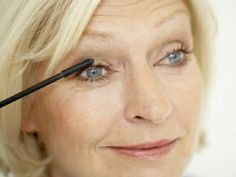 How to wear eye makeup for over 50
