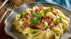Makaron z mascarpone i suszonymi pomidorami