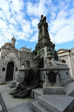 La Recoleta, Buenos Aires | 18 Hauntingly Beautiful Cemeteries To Visit After You Die