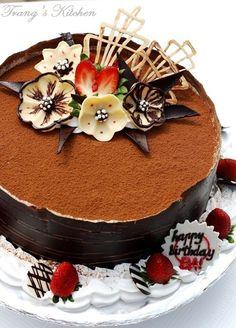 Trang's Kitchen - Flower Fantasy Tiramisu - For my Dad's Birthday