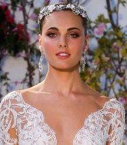 Украшения для волос 2017  В 2017 будут в моде роскошные диадемы для невест  anne bardge wedding acessories trend 2017