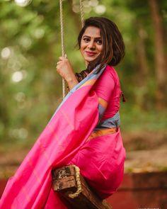 Image may contain: 1 person, outdoor Kerala Wedding Photography, Wedding Couple Poses Photography, Girl Photography, Indian Photoshoot, Saree Photoshoot, Beautiful Girl Indian, Beautiful Saree, Girl Photo Poses, Girl Photos