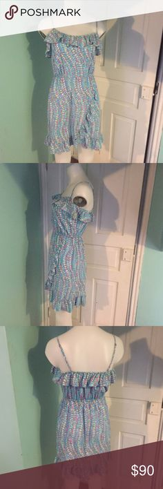 Lily Pulitzer Dress XS Lily Pulitzer Dress XS like new. Lilly Pulitzer Dresses