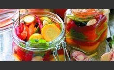 Ανάμικτα λαχανικά τουρσί Water Recipes, Greek Recipes, New Recipes, Healthy Recipes, Detox For Kids, Appetizer Recipes, Salad Recipes, Carolina Bbq Sauce, The Kitchen Food Network